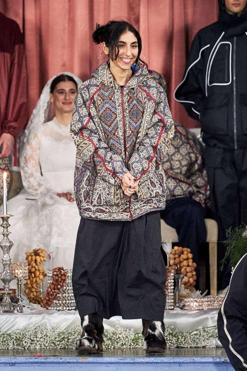 paria farzaneh - پریا فرزانه - طراح لباس ایرانی