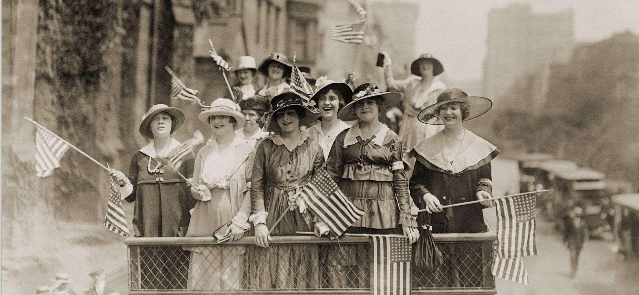 عکسی از زنان مبارز آمریکایی