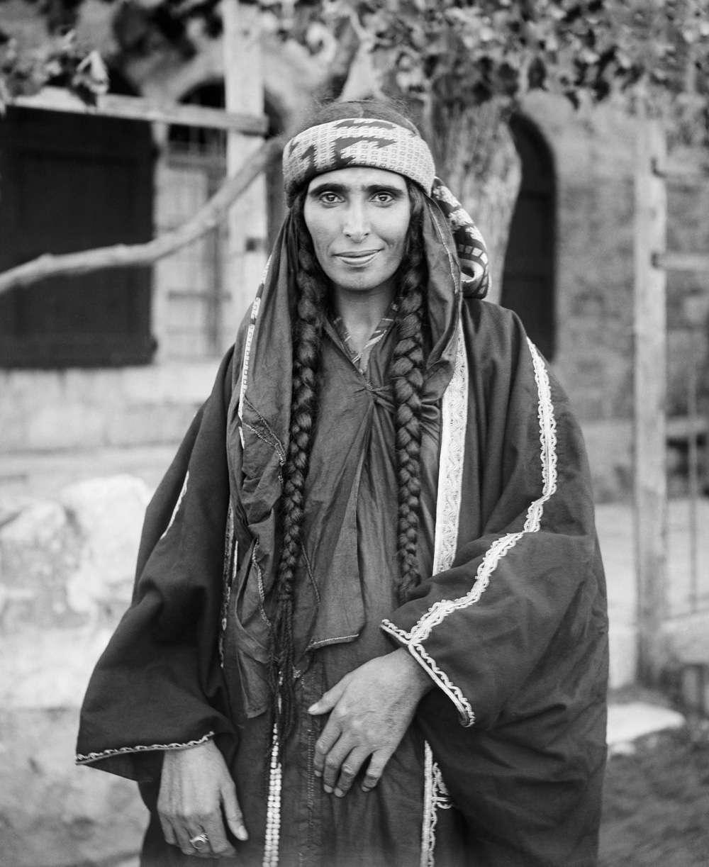 عکس قدیمی از زن عرب