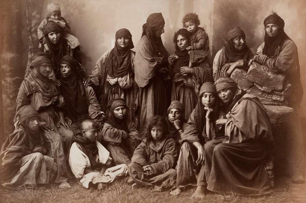 زنان عرب با لباس بومی