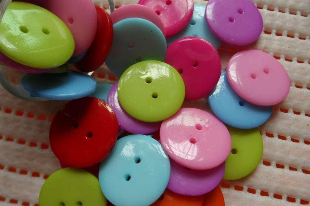 دکمه پلاستیکی Plastic Buttons