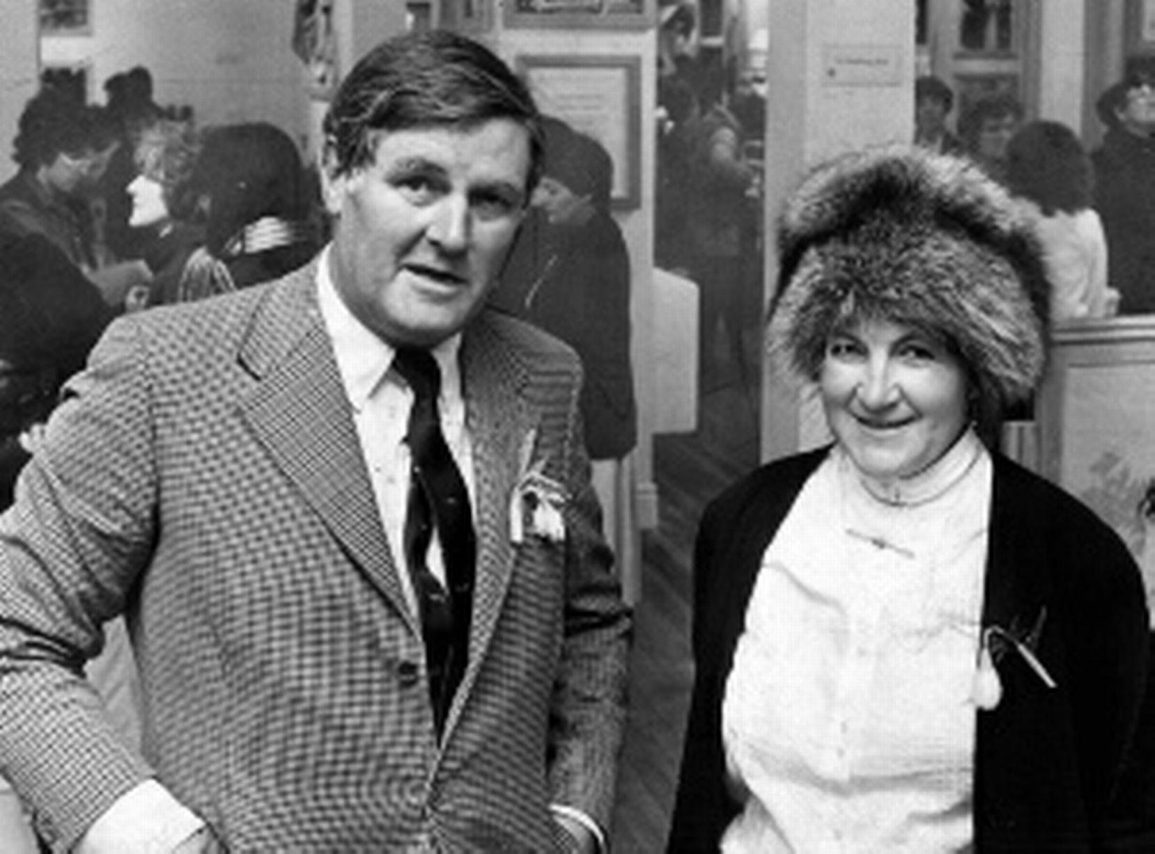 لورا اشلی در کنار همسرش