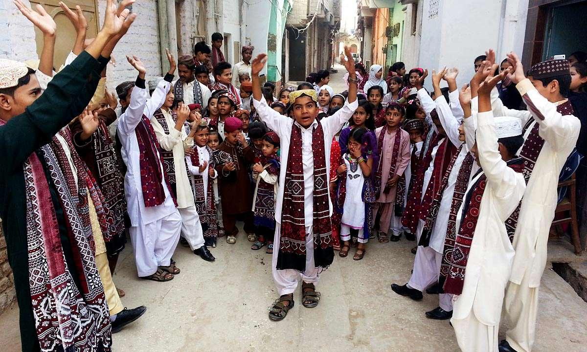 پوشاک سنتی پاکستانی